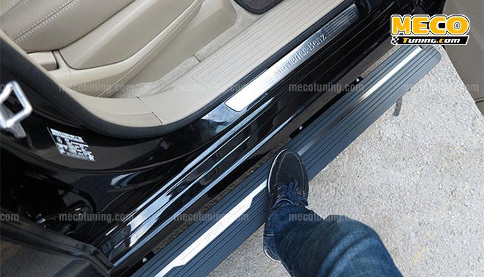 lên xuống xe dễ dàng với bệ bước điện mercedes gls 400