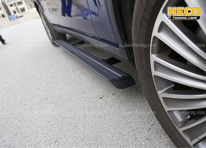 Độ bệ bước chân tự động Mercedes GLC 300